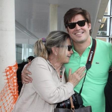 Dado Dolabella e Pepita Rodrigues na maternidade Perinatal, no Rio de Janeiro (10/12/10) - AgNews
