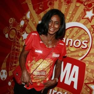 Glória Maria em camarote no carnaval carioca