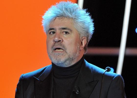 O diretor espanhol Pedro Almodóvar participa da entrega dos prêmios Goya no Palacio de Congresos em Madri, na Espanha (14/2/2010)