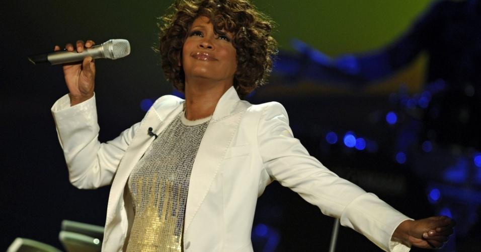 Cantora Whitney Houston se apresenta na Alemanha (03/11/2009)