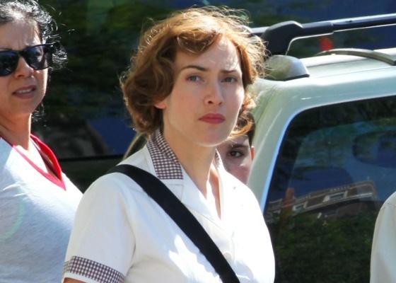 """Kate Winslet grava cenas da série """"Mildred Pierce"""" em Nova York (5/5/2010)"""