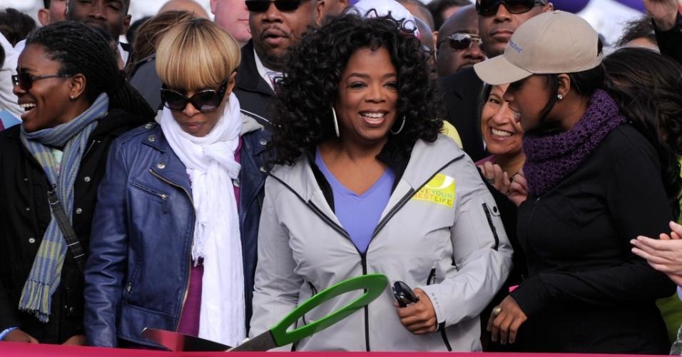 Oprah corta fita no evento