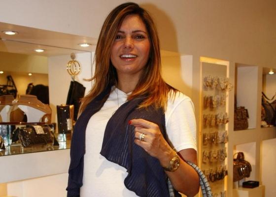 Miryan Martin no lançamento de uma coleção de bolsas no Barra Shopping, no Rio (12/5/10)