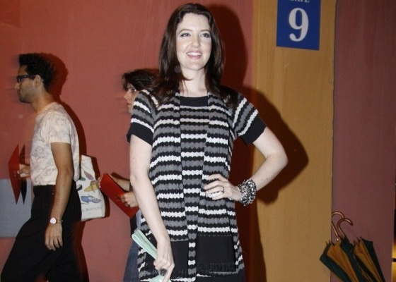 Larissa Maciel no primeiro dia de Fashion Rio (27/5/10)