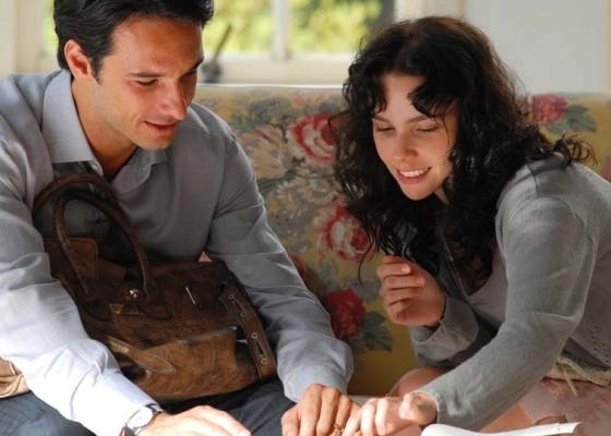 Rodrigo Santoro e Débora Falabella durante gravação do filme