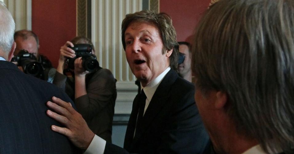 Paul McCartney recebe prêmio em Washington (1/6/2010)