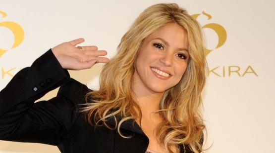 A cantora Shakira lança seu novo perfume