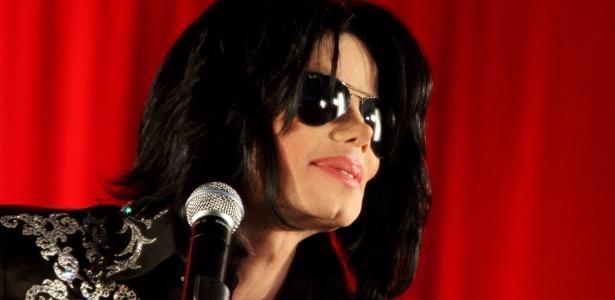Michael Jackson durante anúncio de sua série de shows em no 02 Arena, em Londres (5/3/2009) - Dave Hogan/Getty Images