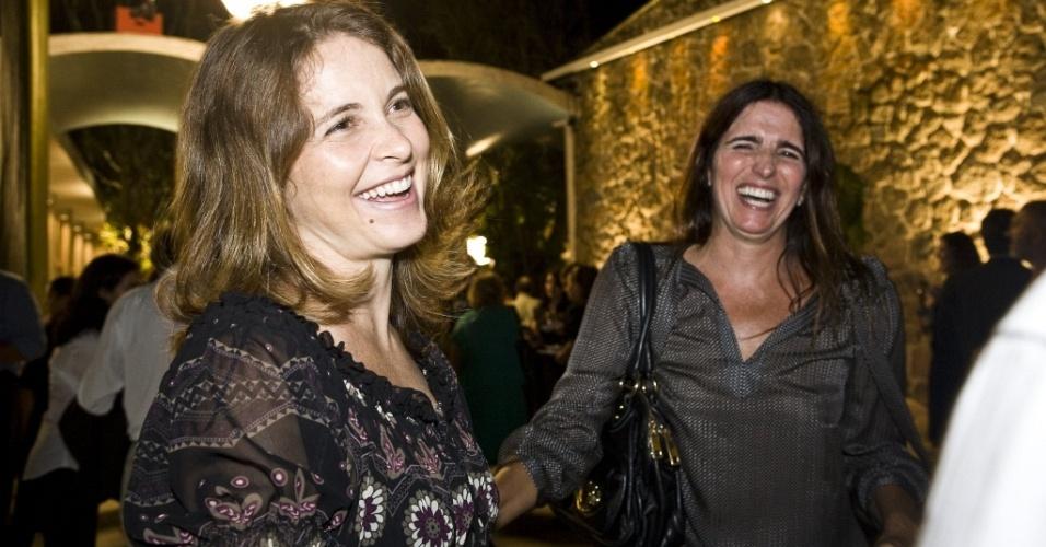 Da esquerda para a direita, Cláudia Abre e Malu Mader em evento no Instituto Moreira Salles, no Rio