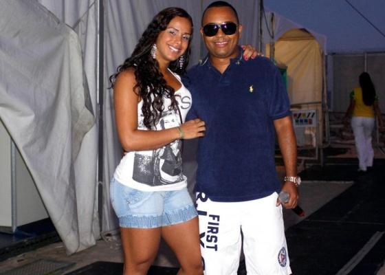 Priscila Grasso e Dudu Nobre em show no Rio de Janeiro (27/6/10)