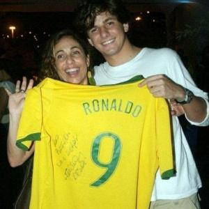 A atriz Cissa Guimarães e o filho Rafael Mascarenhas, no Rio de Janeiro