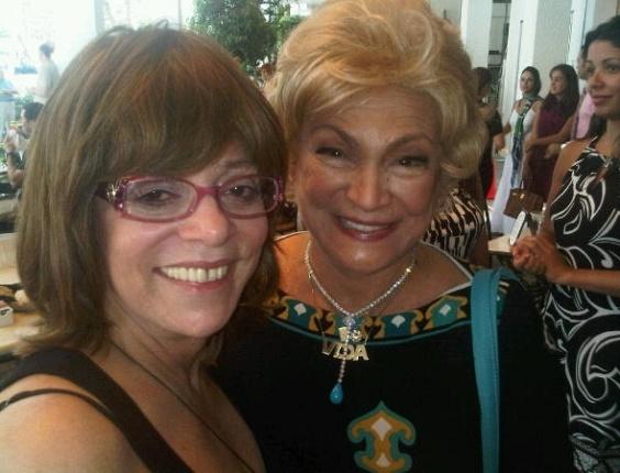 Glória Perez e Hebe Camargo em Miami (22/7/10)