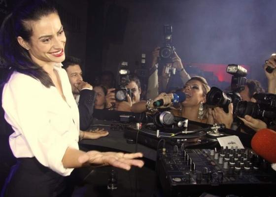 Cleo Pires em festa de revista masculina, na Hípica, no Rio (9/8/10)
