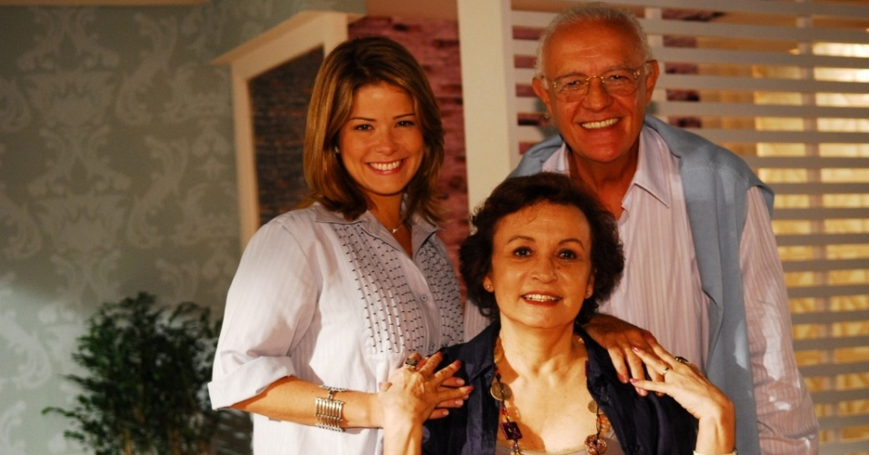 Samara Fedlippo, Ney Latorraca e Joana Fomm em cena de