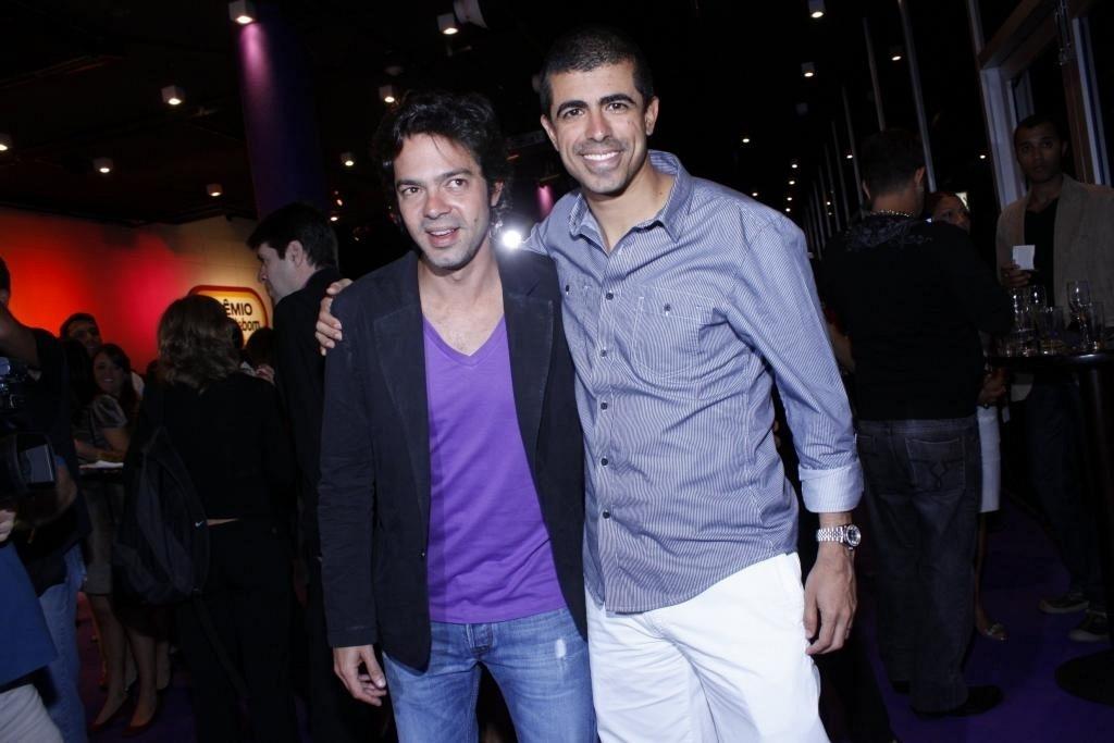 Da esquerda para a direita, Bruno Mazzeo e Marcius Melhem na 4ª edição do Prêmio Tudo de Bom, no Rio (1/9/10)