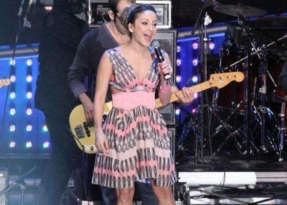 Claudia Leitte vai cantar na final de Ídolos 2011