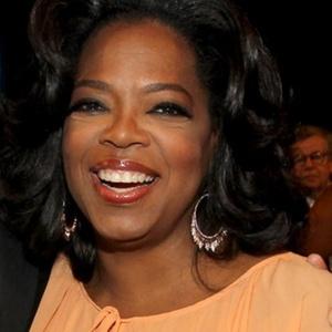 A apresentadora Oprah Winfrey em jantar na Califórnia (10/6/2010) - Getty Images