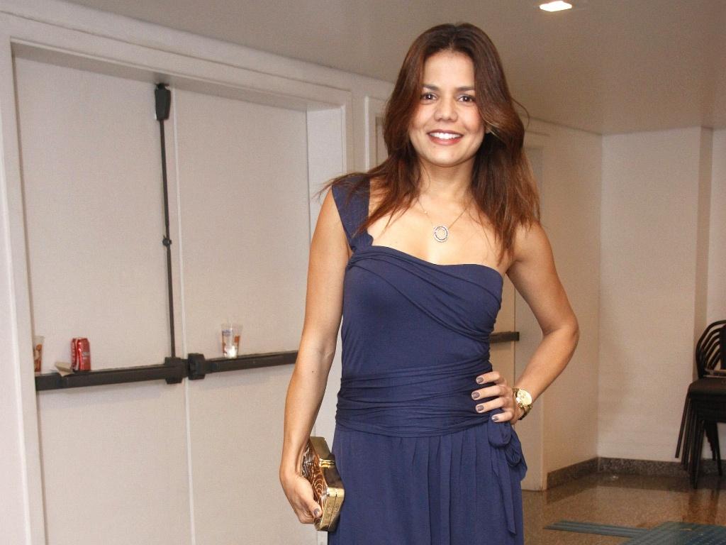 Nívea Stelmann e outros famosos assistem ao show de Zezé Di Camargo e Luciano (15/10/2010)
