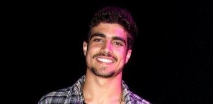 Caio Castro na festa de 20 anos da MTV, no Píer Mauá, Rio de Janeiro (20/10/2010)