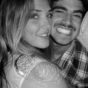 Gabriella Grecco e Caio Castro estão namorando (29/10/10)
