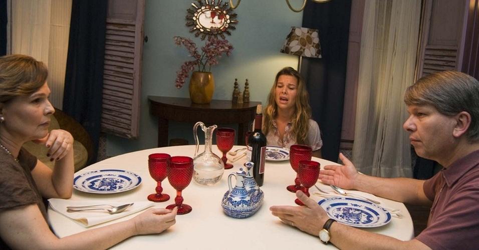 Louise Cardoso, Fernanda Souza e Marcelo Tas em cena de