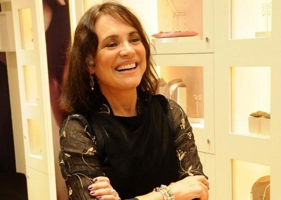 """Regina Duarte é uma das possíveis apostas de Daniel Filho na série """"As Brasileiras"""" (2/6/11)"""