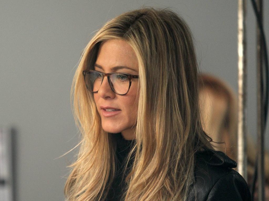 Jennifer Aniston filma cenas de seu novo longa,