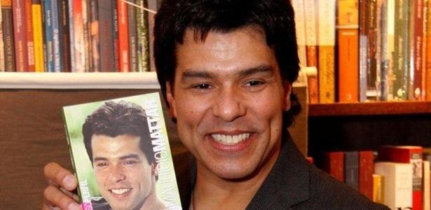 Maurício Mattar lança autobiografia na livraria da Travessa de Ipanema, zona sul do Rio (22/11/10)