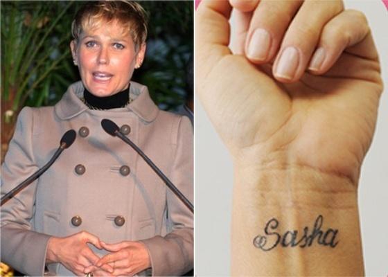 Xuxa exibe nova tatuagem em homenagem à filha Sasha (novembro/2010)