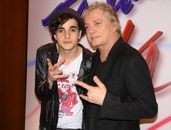 Fiuk e o pai, Fábio Jr., durante a apresentação de