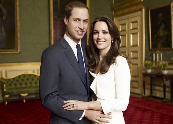 Príncipe William e Kate Middleton em foto oficial do noivado