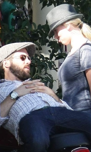 Ryan Reynolds e Scarlett Johansson (2010)