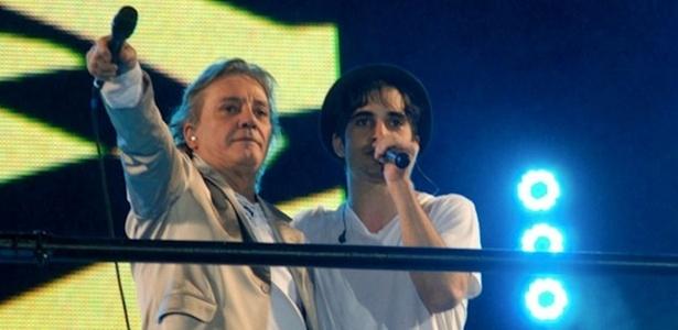 Fábio Jr. e Fiuk no Réveillon na Paulista, em São Paulo (1/1/11)