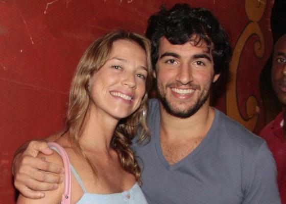 Luana Piovani e Felipe Simão vão à festa no Píer Mauá, Rio de Janeiro (21/01/2011)