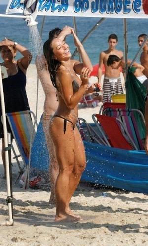 Sabrina Sato na praia do Leblon, no Rio (31/1/2011)