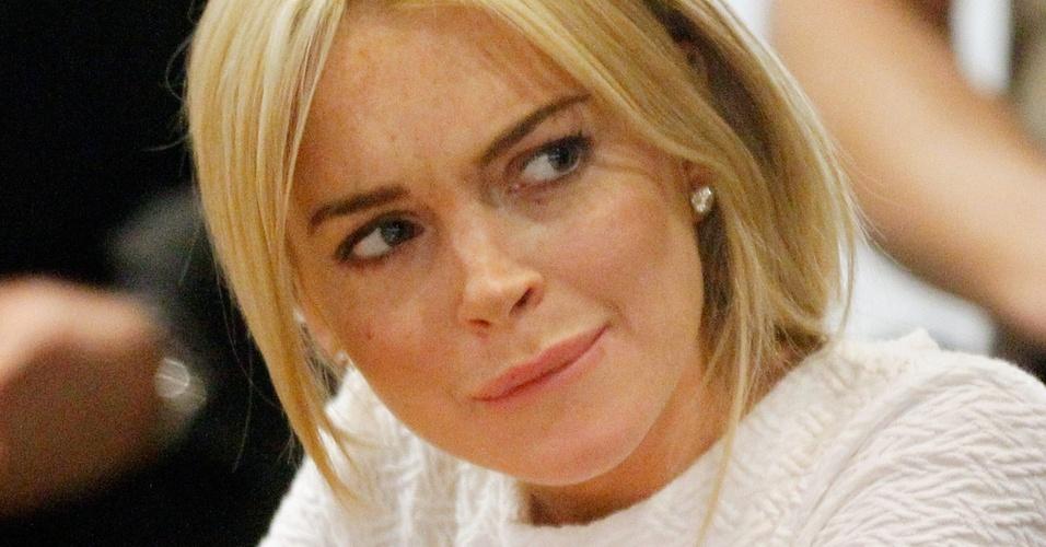 A atriz Lindsay Lohan durante audiência em um tribunal de Los Angeles (9/2/2011)