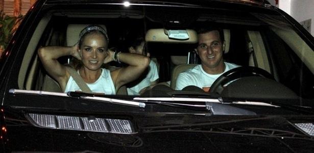 Angélica e Luciano Huck na festa se seis anos de Joaquim, na Barra, zona oeste carioca (3/3/2011)