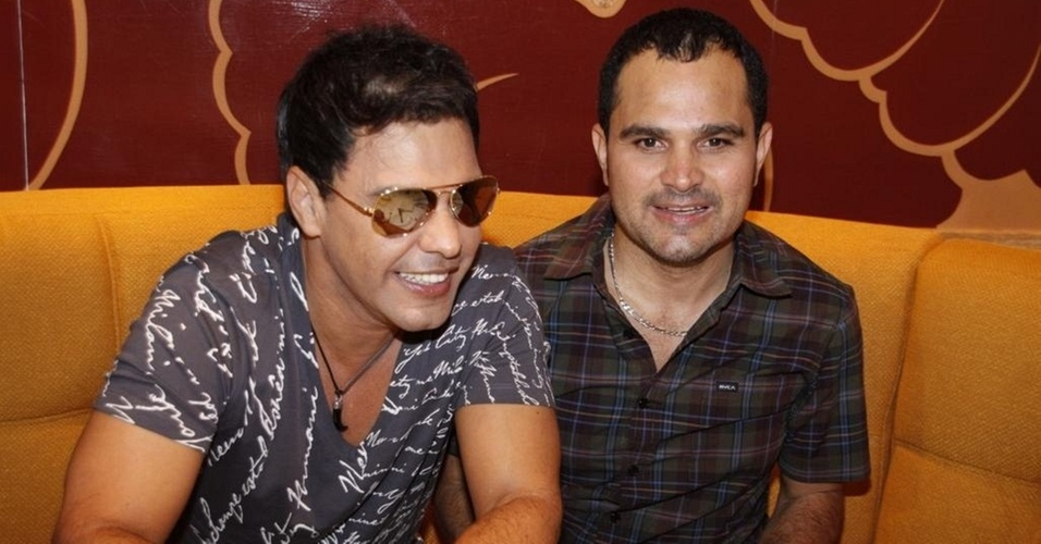 Zezé Di Camargo e Luciano no cruzeiro