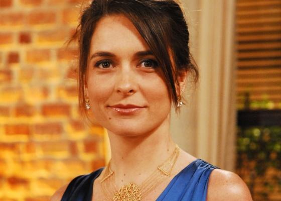 A atriz Cláudia Abreu: uma bandida atrapalhada em nova novela
