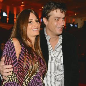 """Karina Tavares e Fábio Assunção posam para a revista """"Contigo!"""" (abril/2011)"""