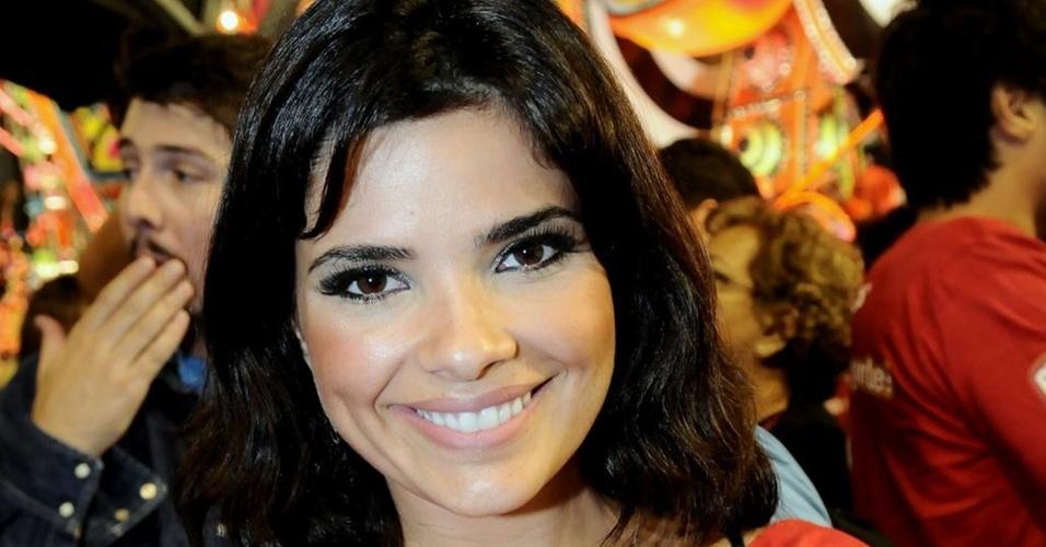 Vanessa Giácomo vai a camarote de cervejaria no Rio (5/3/2011)