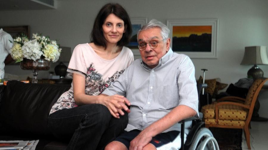Malga Di Paula e Chico Anysio no apartamento do casal, no Rio de Janeiro, em 2011 - André Durão/UOL