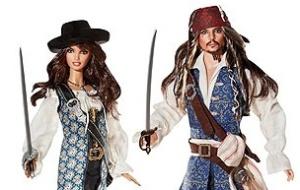 Johnny Depp e Penélope Cruz viraram bonecos, inspirados em seus personagens em