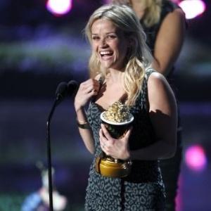 Reese Witherspoon ganha prêmio Geração MTV no MTV Movie Awards 2011