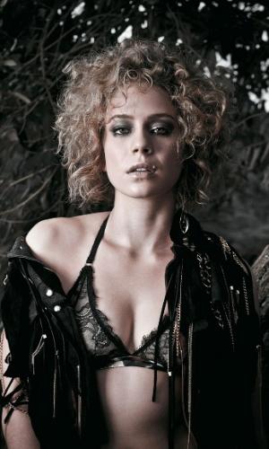 """Leandra Leal faz ensaio sensual para a revista """"Alfa"""" (junho/2011)"""