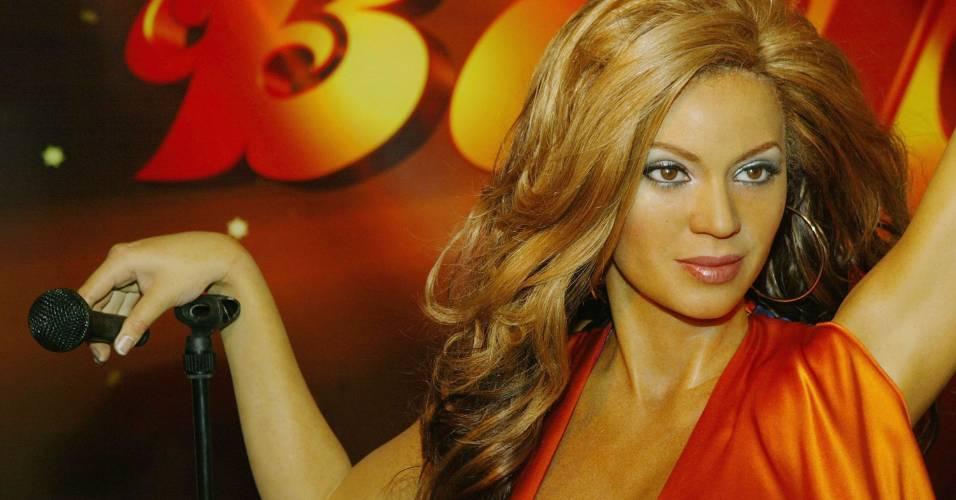 Figura de cera da cantora Beyoncé no museu Madame Tussauds de Nova York (26/5/2004)
