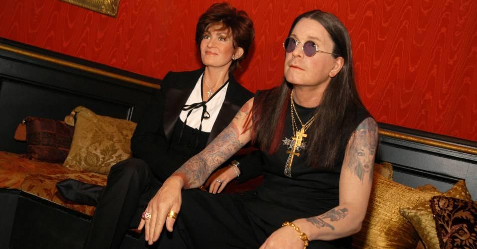 Figuras de cera do casal Sharon e Ozzy Osbourne no museu Madame Tussauds de Nova York (30/11/2003)