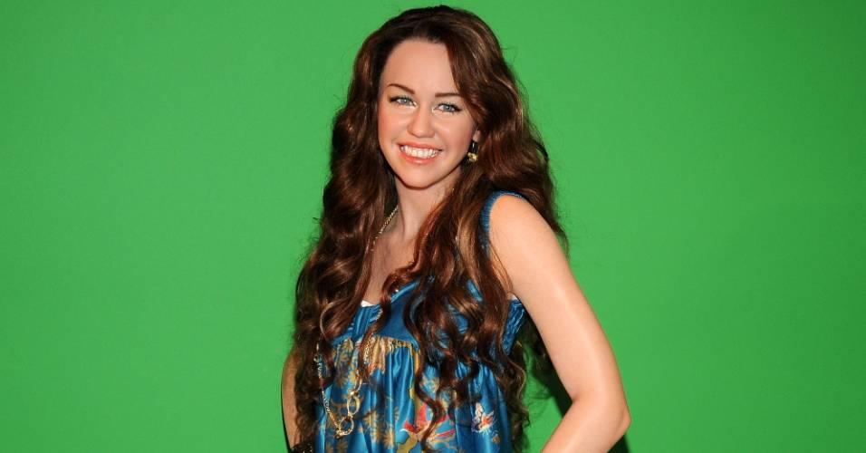 Figura de cera da cantora e atriz Miley Cyrus no museu Madame Tussauds de Nova York (20/3/2008)