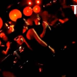 Site TMZ publicou vídeo de Selena Gomez e Justin Bieber cantando juntos em karaoke em Los Angeles (10/7/2011)