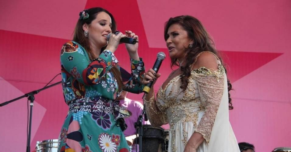 Fafá de Belém e sua filha, Mariana, fazem show no Parque do Ibirapuera, em São Paulo (8/5/2011)